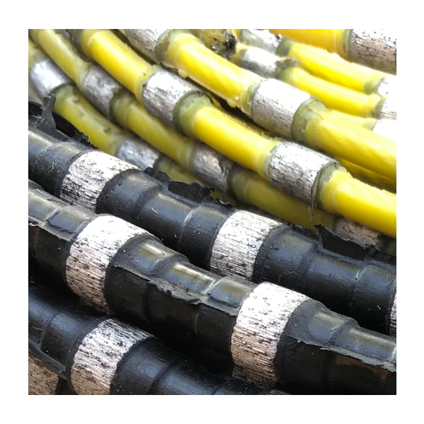 18900040 18900050 Diamond Wire Concrete Wire Close Up - Diamond Wire 10.5 Concrete Wire 40BPM Rubber